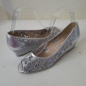 New Ron White wedges silver laced sz 36.5